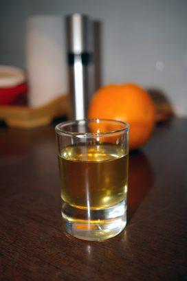 Naminis apelsinų likeris