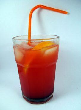 Apelsinų likerio saulėtekis