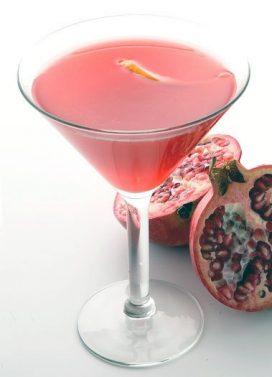 Vermuto ir granatų sulčių kokteilis