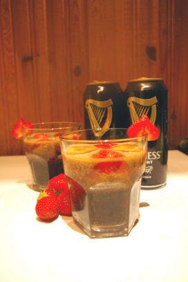 Braškinis Guinness alaus punšas
